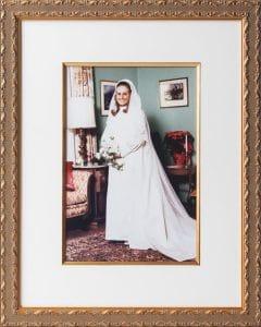 AUM Framing custom wedding photo framing