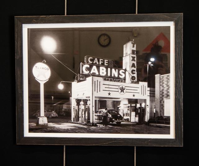 'Texaco & Cafe Cabins'